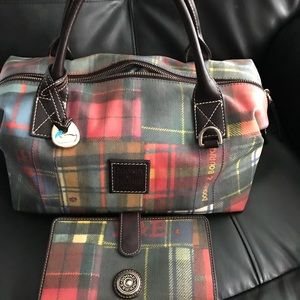 Dooney & Bourke Tmoro plaid purse set